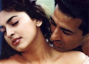 Juhi Chawla enjoying Sunny Kiss