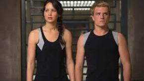 The Hunger Games : Catching Fire (2013): Sweet Myth Meets Poisoned Reality