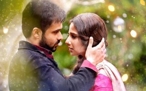 hamari-adhuri kahani review