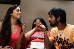 Trisha-Illana-Nayanthara-Movie-review